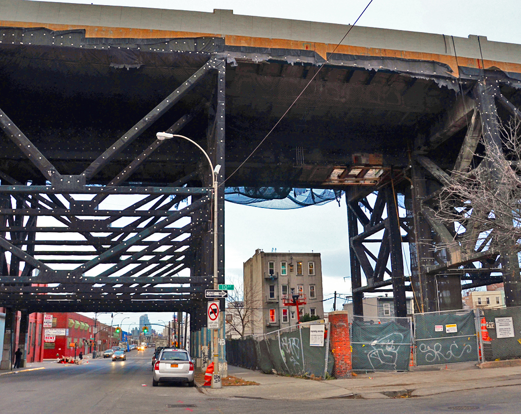Brooklyn low viaducts: bad by design
