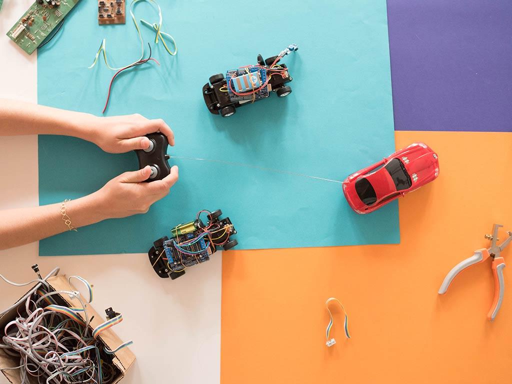 Hacked Racing Toys : Waag technology society